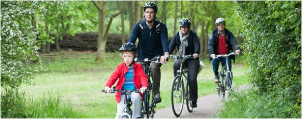 cycling lee valley image