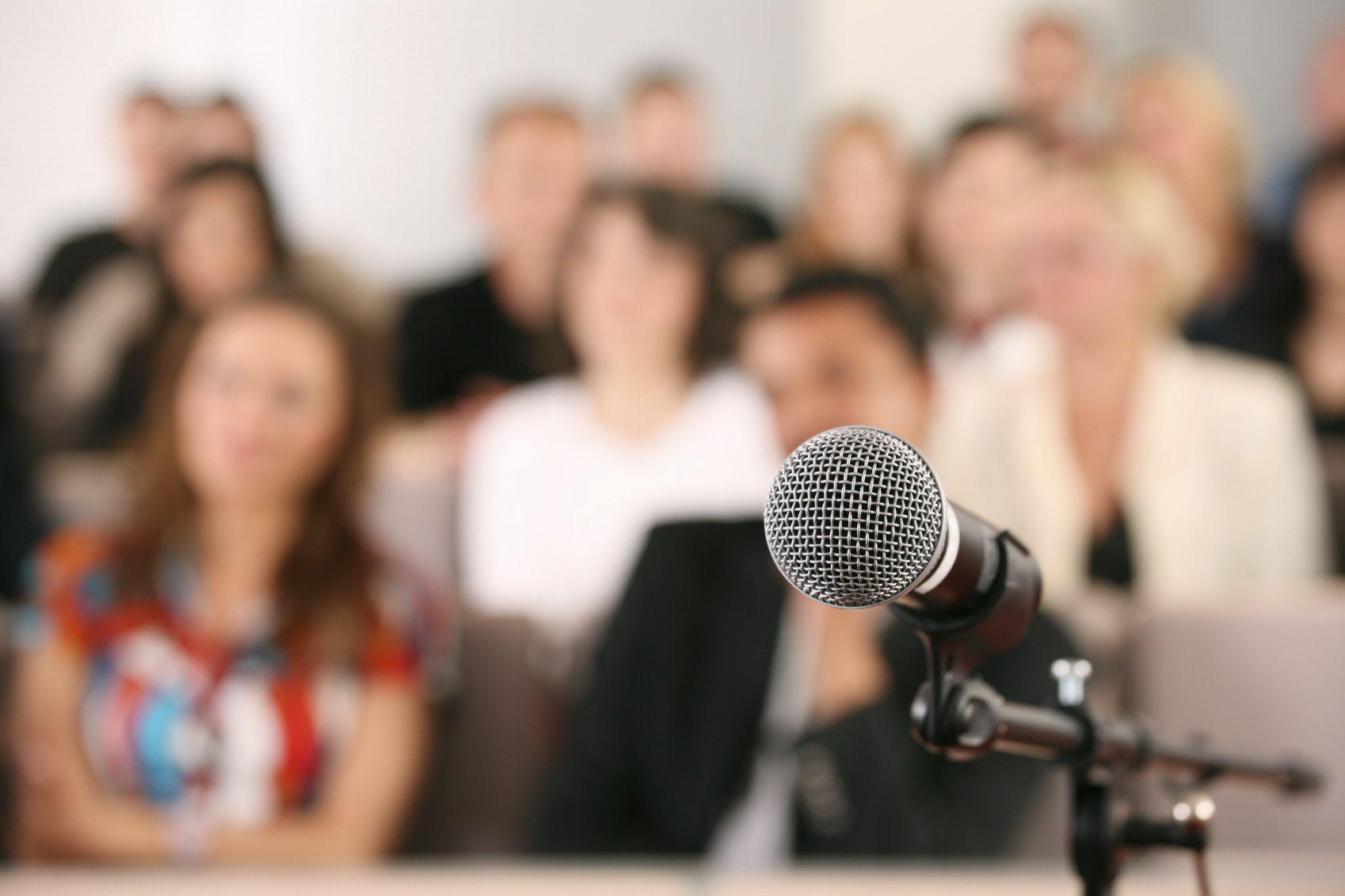 tips for giving a speech Top ten tips for writing and delivering very brief speeches - be good  short speech writing and giving is an art this article tells you how to craft the short speech and how to deliver it for maximum impact 654 words share top ten tips for writing and delivering very brief speeches.
