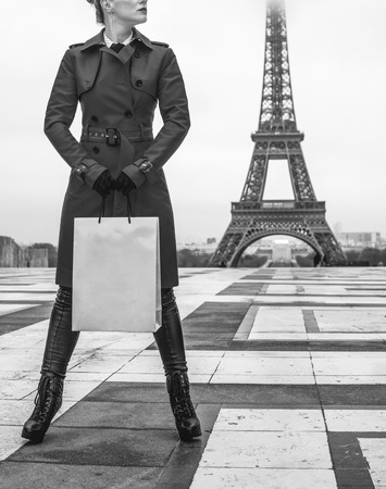 how to dress in a hurry french style image
