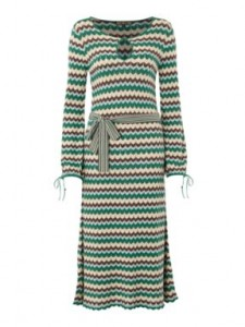 dresses with sleeves for 50plus style