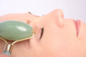 anti-ageing benefits of jade roller image