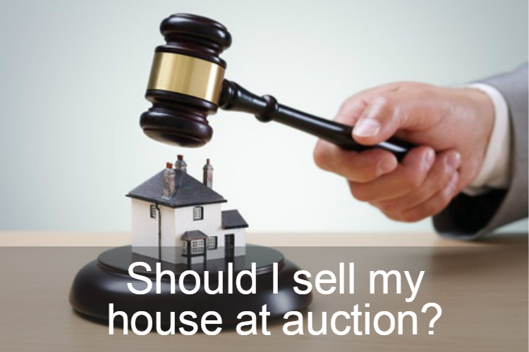 Should I sell my house at auction image