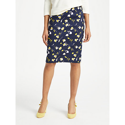 What to wear on a date over 50 skirt image