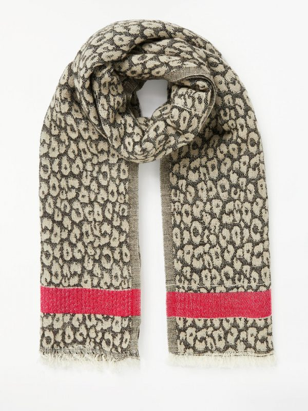 style over 50 animal print scarf