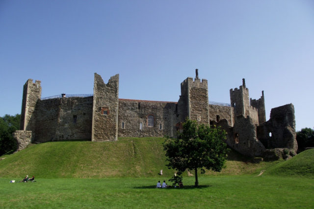framlingham castle -places to visit in suffolk image