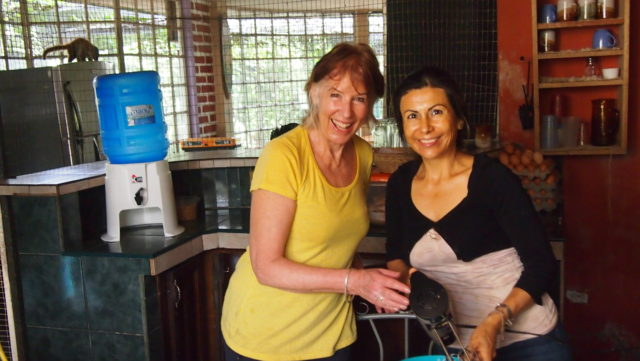dians on volunteering holiday image