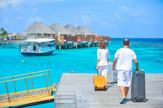 where to go to elope image