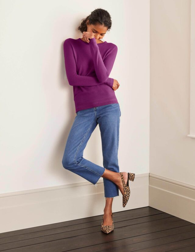 buy cashmere in the sale image