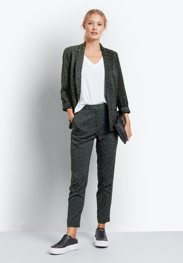 jacquard trousers to look stylish over 50 image
