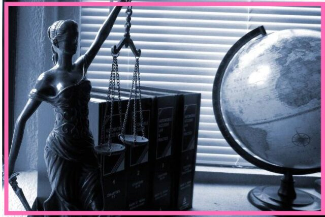 When to get legal advice image